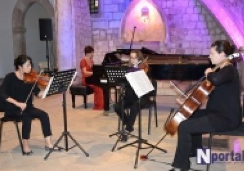 Humanitarni koncert Naire Asatrian…