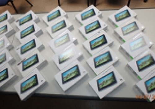 Donacija tablet uređaja
